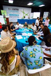 mesas-de-discusion_encuentro-comunitario
