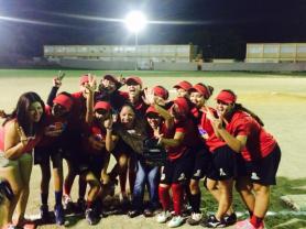 Eqipo de la Liga Municipal de Softbol de Salinas.