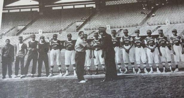 Equipo Campeón Liga atletica policiaca 1964